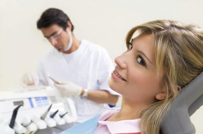 De ce sa alegi implantul dentar pus de specialistii de la IVORY?